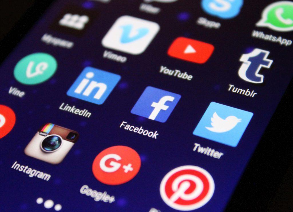 chiusura dei social network in sri lanka