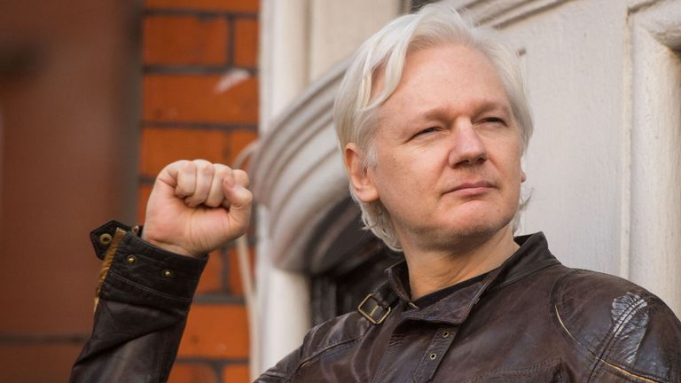assange arrestato