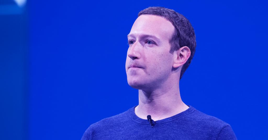 preinstallazione Facebook sui telefoni Huawei